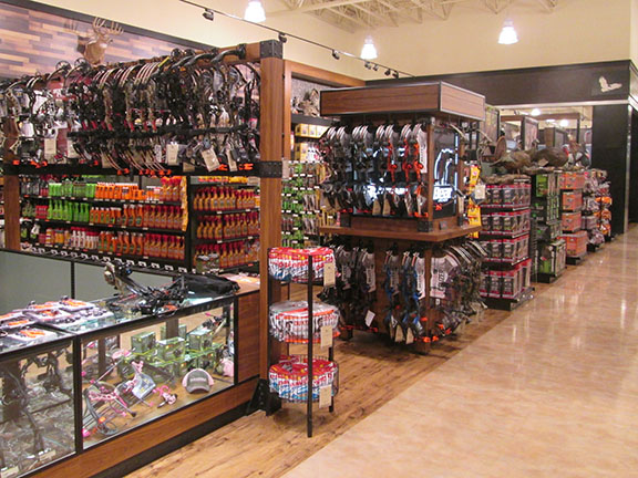 FieldAndStream storefront. Your local sporting goods supply store in Troy, MI | 5511